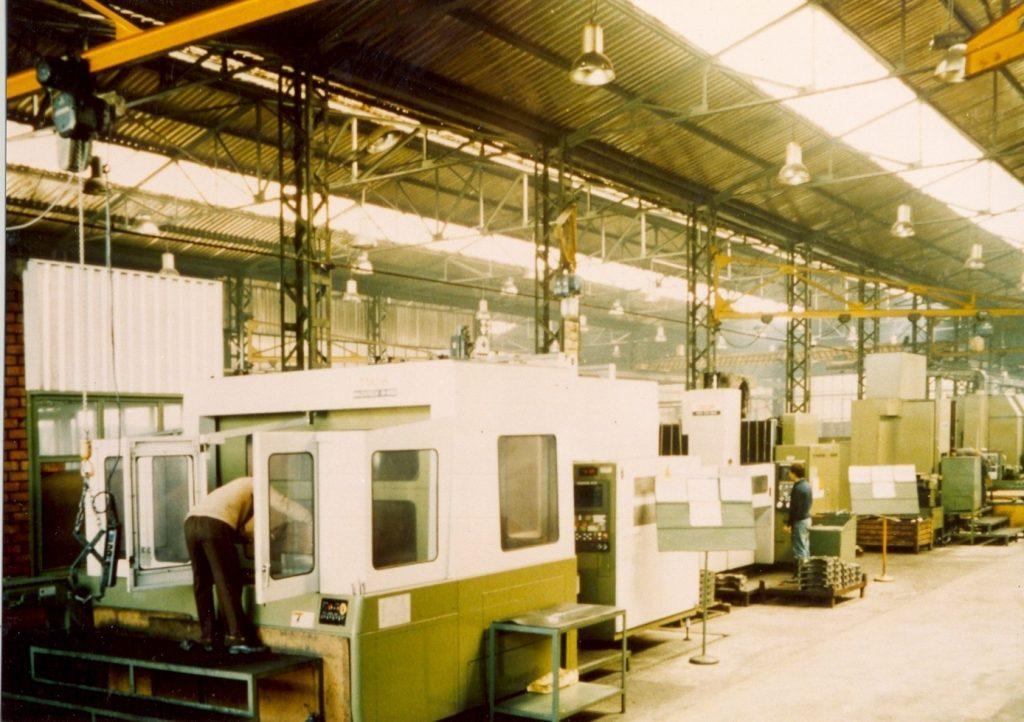İşleme kapasitesini artırmak için yüksek teknoloji ürünü CNC tezgah yatırımına başladı.